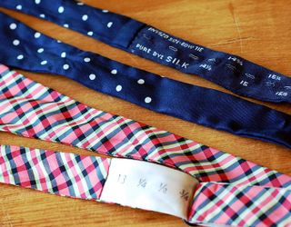 Vintage-bow-ties_close
