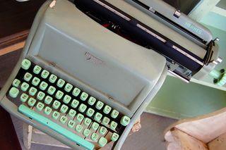 Hermes_typepwriter