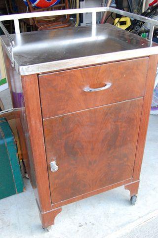 Medical-cart-cabinet