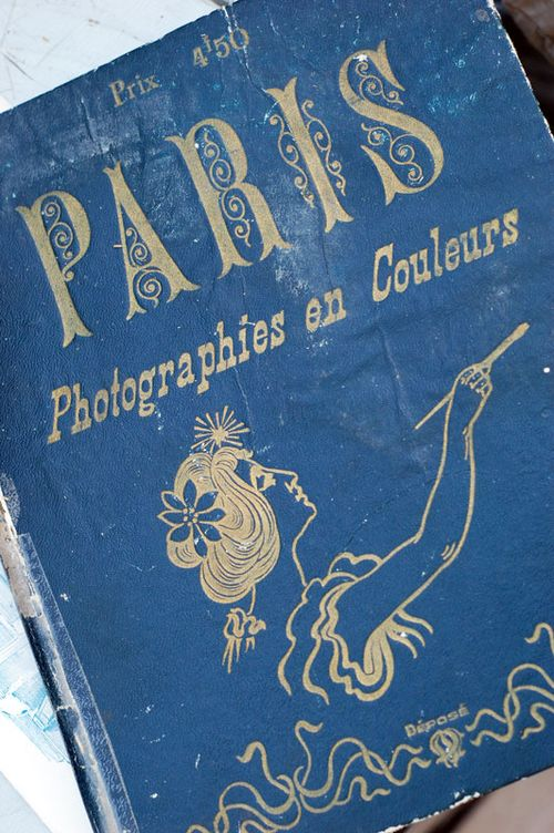 Paris_book